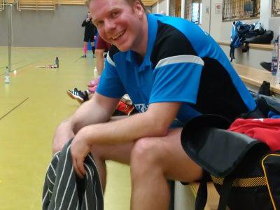 Sichtlich erschöpft aber gut gelaunt: Stefan Meyer kam mit dem TSV Gnarrenburg zu zwei Siegen. Der Bezirksliga-Vizetitel ist damit bereits sicher